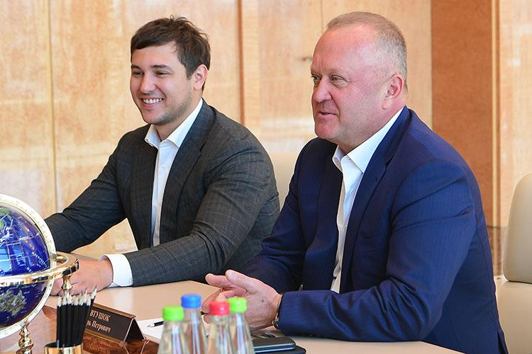 Основатели компании «Таткравтинвест» в Казани — миллиардер и соучредитель «Океанрыбфлота» Игорь Евтушок (справа) и его партнер Валерий Кравцун (слева), они же — основатели компании Kravt Invest