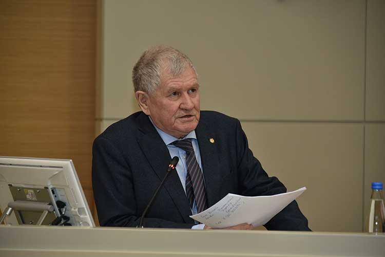 Рафинат Яруллин: «Направлений очень много, надо сейчас засучив рукава работать»