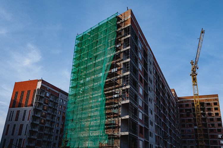 Минстрой РТотчиталсяовыполнении годового плана повводу жилья. Построено 2,68млн кв. метров. «Целевой показатель был установлен федеральными органами власти— фактически мывыполнили план»