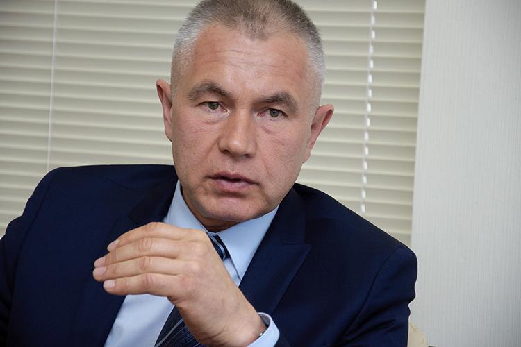 Вчера владелец холдинга «Единство»Рамиль Галеевобъявил отом, что приостанавливает работу «Вечерки», атакже бесплатной газеты «Единство»