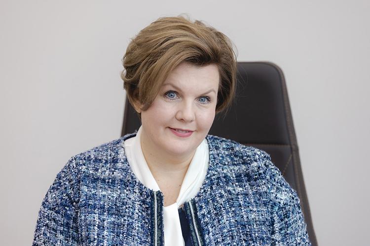 Елена Сабурова:«Янадеюсь, что ПСБ стал для многих важным партнёром вфинансовых вопросах. Мыстремимся предложить лучший финансовый продукт каждому, будь это крупная корпорация или житель нашего города, получающий зарплату накартуПСБ»