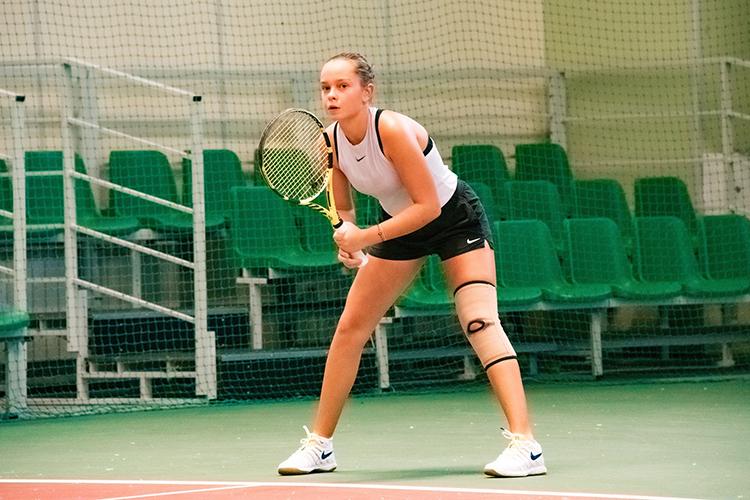 Виолетта входит вчисло 300 сильнейших теннисисток среди юниоров до19 летвмире