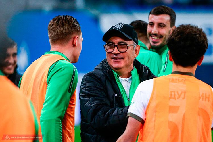 «Бердыев показал мне, что такое настоящий профессиональный футбол, за что я ему всю жизнь буду благодарен. За то, что он дал мне этот шанс и поверил в меня»