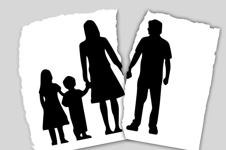 «Порядок общения родителей с детьми, оплата алиментов — те ситуации, которые наиболее обострилась в пандемию»