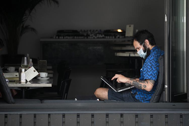«Люди впоследние 20 лет технологически подготовились кудаленной работе, апоследний год привел ктому, что все этот переход осуществили»