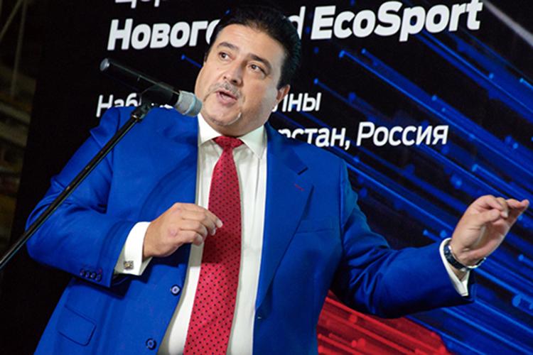 Наступень вверх, на42 место, поднялся гендиректор ООО«Аурус»Адиль Ширинов. Пресса непрошла мимо его беседы спрезидентом РТоготовности кзапуску вОЭЗ «Алабуга» предприятия, где будут собирать российские люксовые автомобили