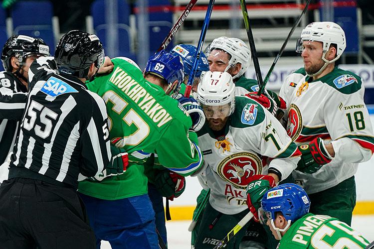 Можно сказать, что «зелёное дерби» — матч с высоким градусом борьбы, на который хоккеисты выходят не просто играть, а воевать