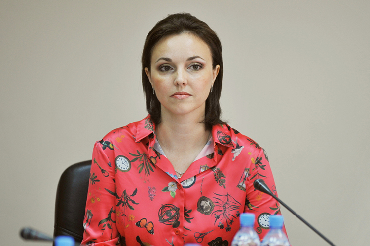 СветланаЯрлыченко:«Повышение качества идоступности услуги регионального оператора невозможно без обновления мусоровывозящей техники ивсей инфраструктуры обращения сТКО»