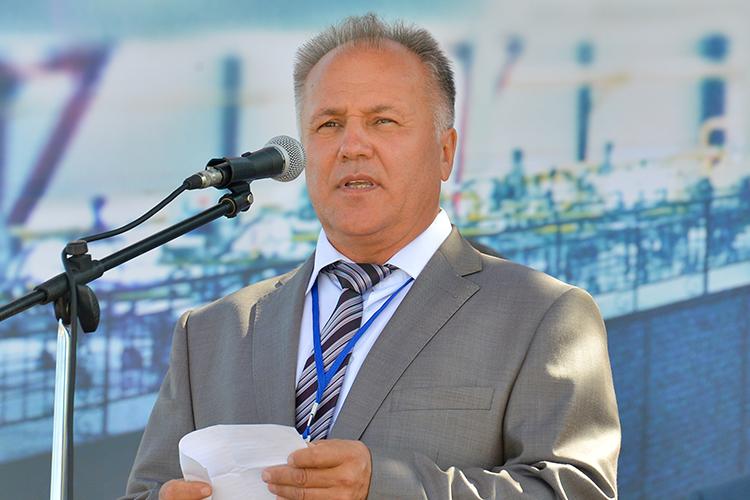 Ильфат Хазиев: «Ячеловек ввозрасте, мне уже скоро 70 лет будет. Это же огромное производство, дети уже большие, у них свой бизнес, они сюда не хотят вкладываться»