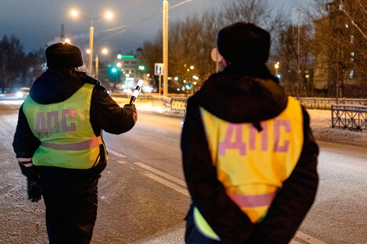 По данным республиканского ГИБДД, с 23 декабря по 12 января выявлено более 14 тысяч административных правонарушений, собственники транспортных средств были привлечены к административной ответственности
