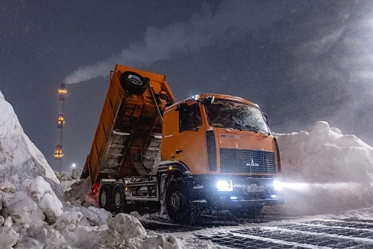 Снегоплавильные пункты Казани работали стройной перегрузкой