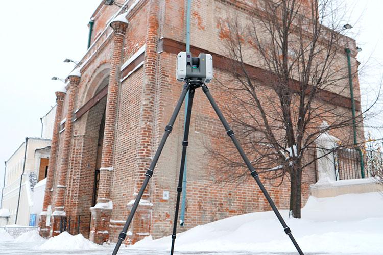 Работами полазерному измерению башни занимается казанское ООО«Объединенная строительная компания». Наисследования, которые продлятся доконца года, фирма получилачуть больше миллиона рублей