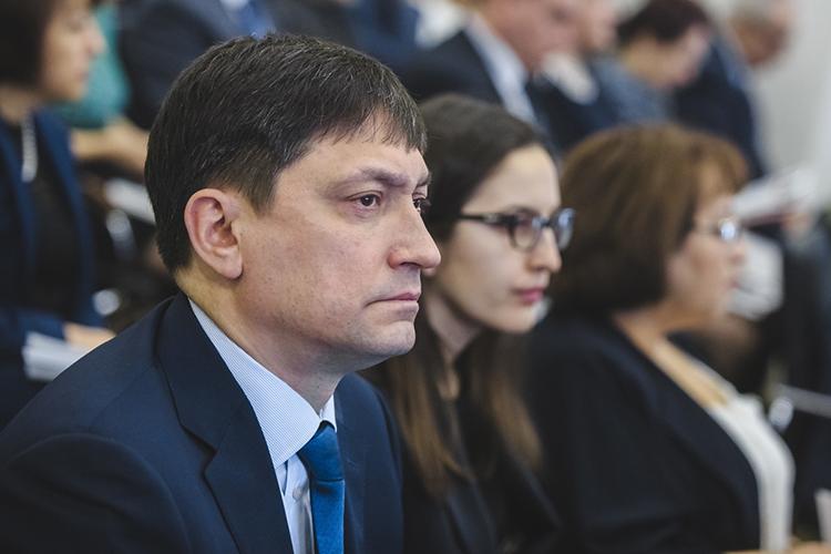 Первый заместитель министра финансов РТ— директор Департамента казначействаМарат Файзрахмановна26-й позиции