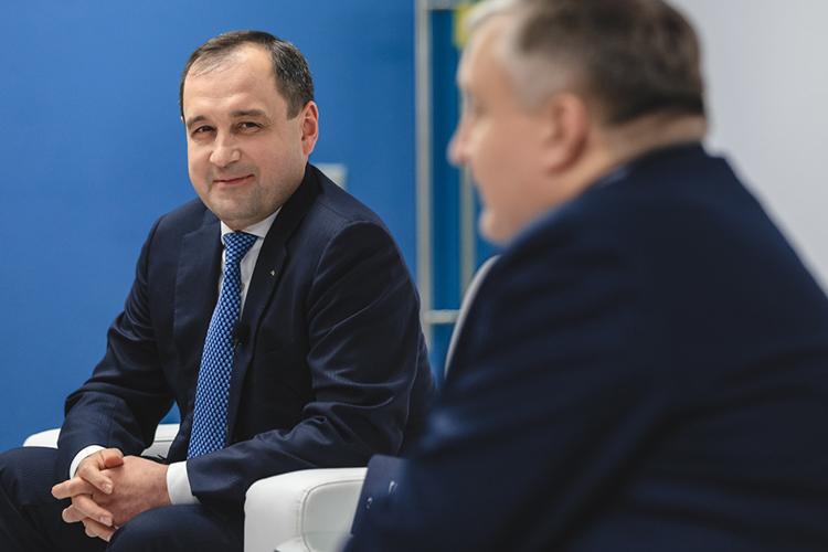 Пятое место, как идва года назад, занимаетпредседатель правления «АкБарс Банка»Зуфар Гараев (5)