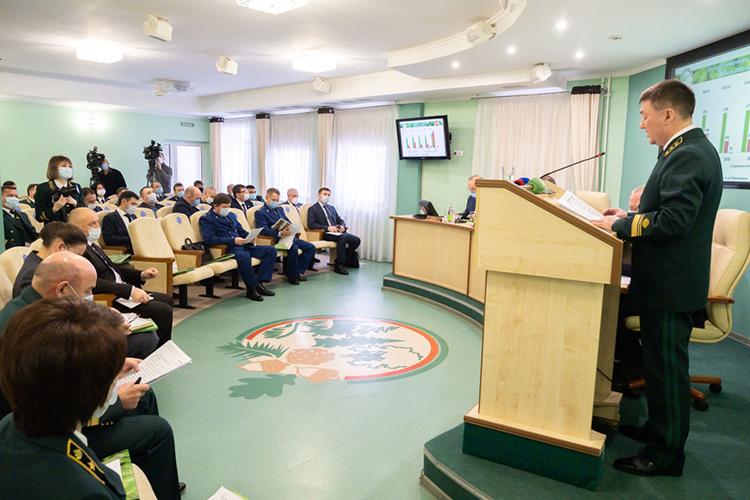 Равиль Кузюров:«Мыждем назаконодательном уровне принятия соответствующего нормативного акта, которыйпозволит лесхозам осуществлять рубки спелых иперестойных лесных насаждений»