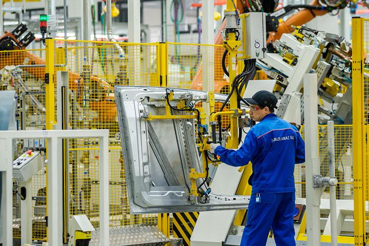 Совместное предприятие «Даймлер Камаз Рус», с конвейеров которого сходит коммерческая техника Mercedes и Fuso, разогнало прибыль на 500 млн до 1,46 млрд