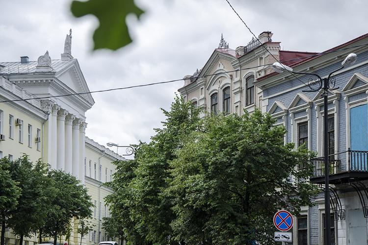 «НаЛобачевского рыночная стоимость— недороже 70тыс. рублей закв.м. НаЩапова— от60тыс. до70тыс. рублей заквадратный метр. Локации очень хорошие, потому что это ядро исторического центра»