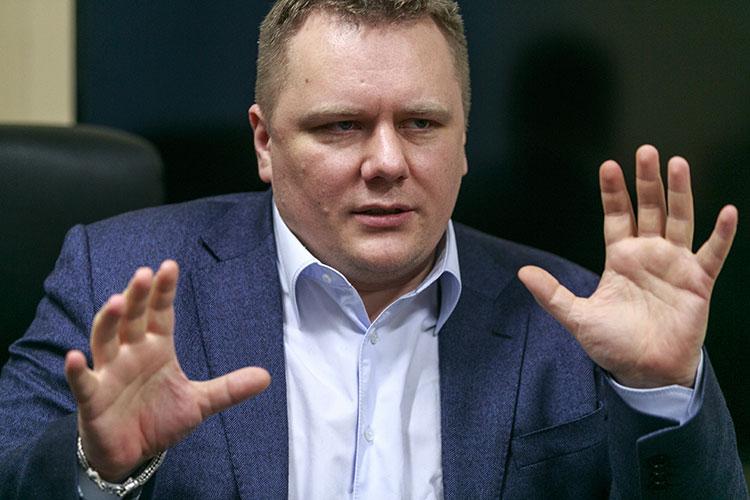 Алексей Чадаев: «Таргет Навального — это, условно говоря, «Те-Кому-Достаточно-Простых-Формул»