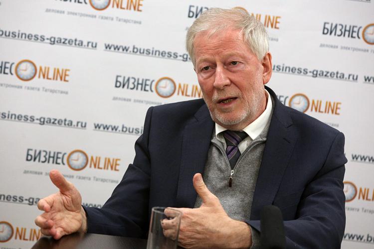 Иван Грачев: «Поскольку есть уверенность втом, что модель работает, то, скорее всего, ксередине апреля будут все основания переходить кболее-менее нормальной жизни вМоскве»