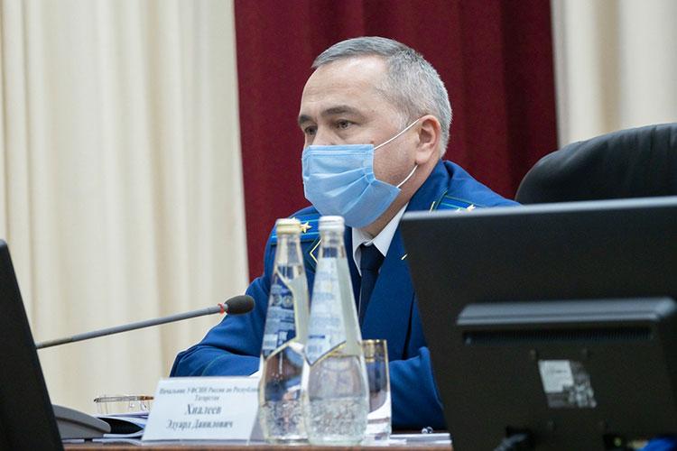Олег Даминов:«Сумма исковых требований составила 1млрд 176млн рублей. Возмещено около 22млн. Иззаработной платы осужденных— 18млн рублей»