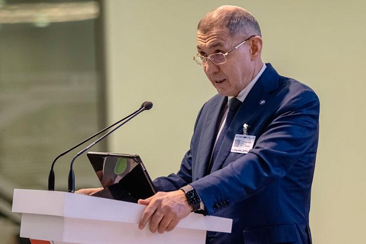 Рифкат Минниханов: «Задачи, стоящие перед государственными информационными системами, становятся все более сложными, особенно в Год науки»