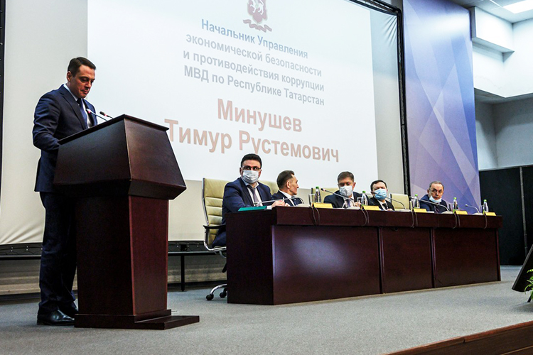 Пословам Минушева, акцент впрошлом году был сделан навыявление нелегальных производств вНижегородской области, откуда вреспублику поступал основной объем алкогольного контрафакта