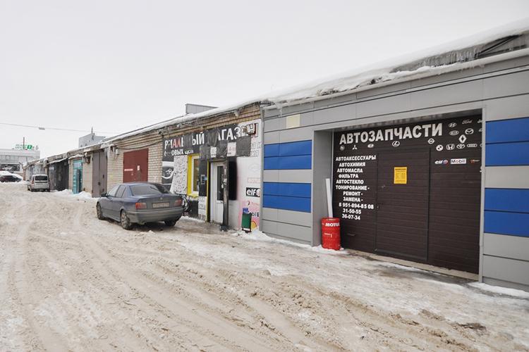 «Гаражная экономика»— одна изнемаловажных отраслей городского хозяйства вЧелнах. Объемы теневого рынка гаражей врядли можно посчитать точно, нопопытки подобные были
