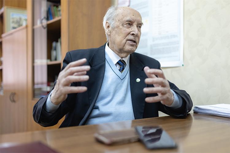Игорь Тарчевский