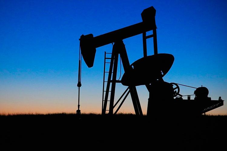 «Легкой» нефти для разбавления сорта Urals донужного качества становится все меньше именьше»