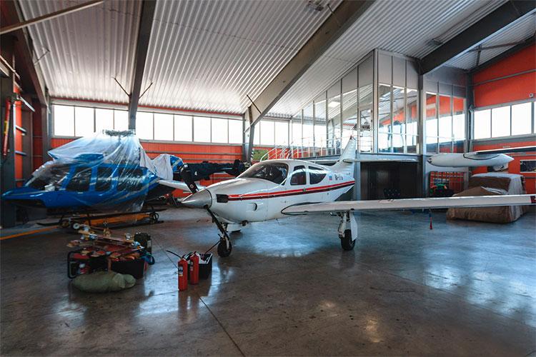 Aero Commander 114A