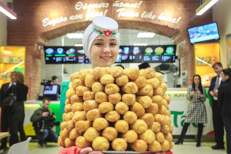 Татарская кухня — магнит для туристов и один из основополагающих факторов выбора Казани для путешествий