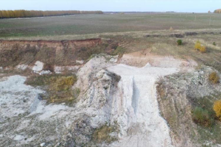 Аудиторы проехались порайонамРТисходу обнаружили 7 несанкционированных карьеров подобыче песка, адва лицензиата добывали полезные ископаемые наземлях сельскохозяйственного назначения