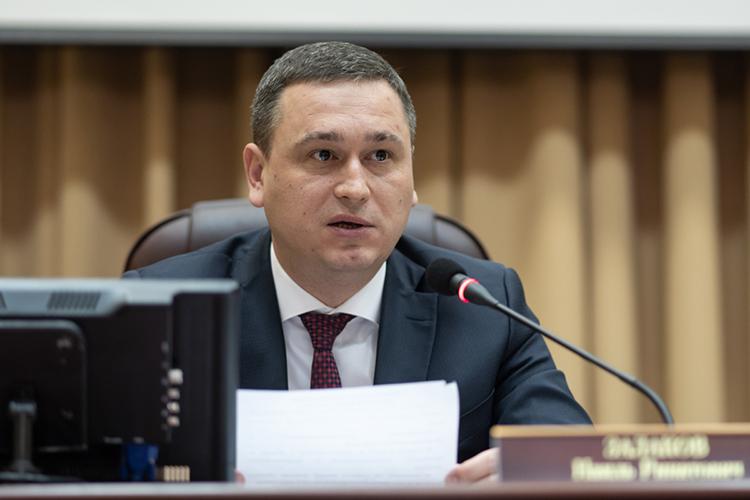 Наиль Залаков:«Благодаря поддержке президента ежегодно мынакапремонт элеваторов избюджета направляем около 100млн рублей»