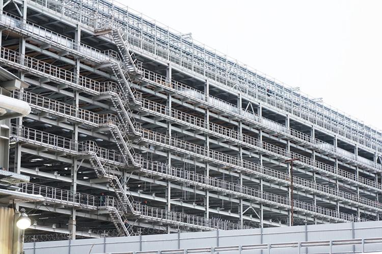 На «карандаше» у Приволжского Ростехнадзора сегодня - контроль за строительством и реконструкцией 510 объектов – это и комплекс нефтеперерабатывающих и нефтехимических заводов ТАНЕКО, и комплекс глубокой переработки тяжелых остатков «ТАИФ-НК»