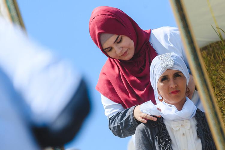 Честные мусульманские богословы прекрасно знают отом, что Коран непредписывает женщинам носить платок