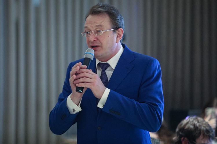 Марат Башаров:«Уважаемый президент, уменя просьба. Унас была команда «Четыре татарина». Прошу, посодействуйте, чтобы ябыл пятым татарином»