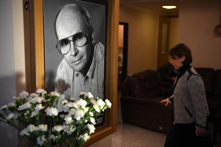 Известный советский ироссийский актерАндрей Мягков, снявшийся в«Иронии судьбы» и«Служебном романе», умер на83-м году жизни