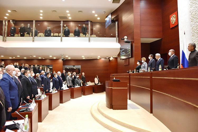 Юрий Камалтынов: «Я несомневаюсь, что теперь каждая сессия будет использована нашими коллегами издругих фракций для того, чтобы взбодрить свою аудиторию»
