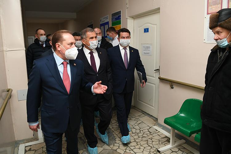 Рустам Минниханов: «Ксожалению, Нижнекамск немного отстал поматериальной базе нашей больницы. Сегодня хотябы сделать минимум, чтобы обеспечить достойный уровень здравоохранения»