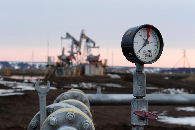 «Два крупнейших банка наУолл-стрит JPMorgan Chase иGoldman Sachsпредсказываютпосле пандемии новый нефтяной «суперцикл»— до$100 забаррель»