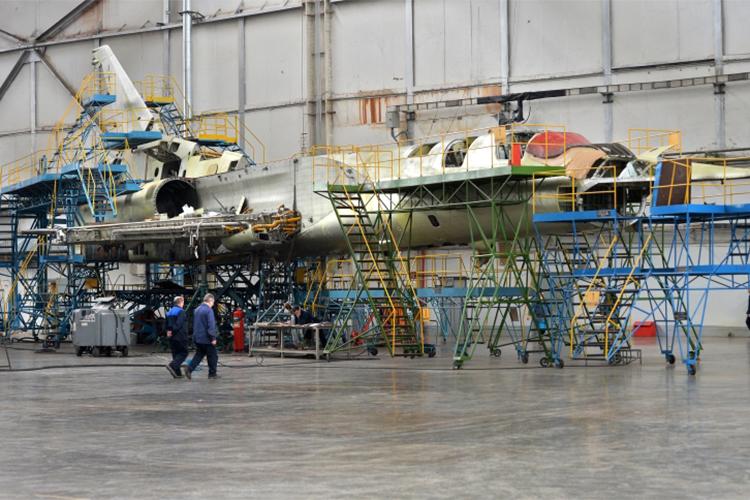В2021 году Казанский авиазавод— филиал «Туполева» должен выпустить первый построенный снуля опытный Ту-160
