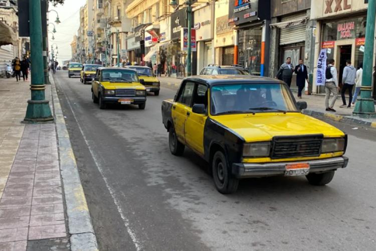 В александрийском такси используются исключительно российские автомобили «Lada» египетской сборки