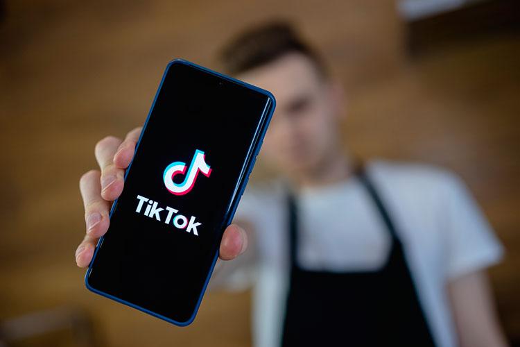 «Когда появляется новый игрок типа TikTok, выясняется, что шансы есть увсех. Чем больше будет фрагментаций, тем больше будет шансов уместных игроков создавать новые продукты ибыть лидерами»