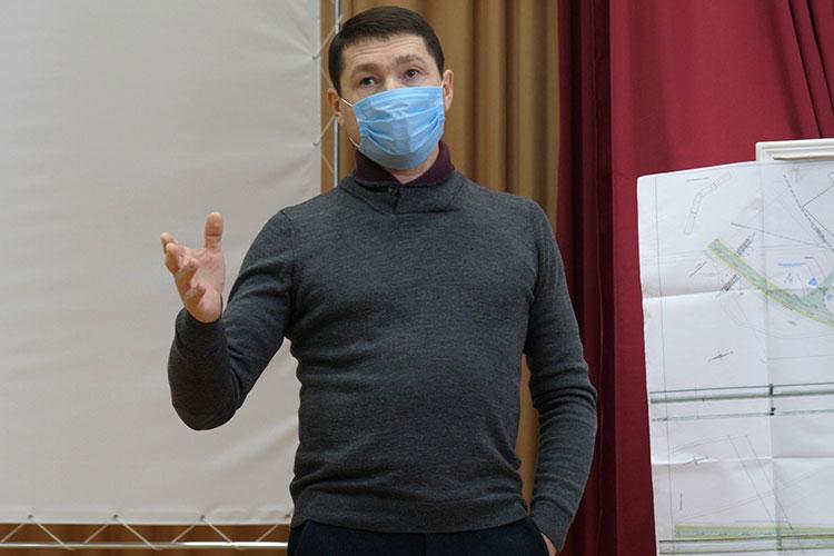 Встреча главы Пестречинского района Ильхама Кашапова с жителями Богородского сельского поселения была запланирована накануне в местном клубе на 9 часов утра