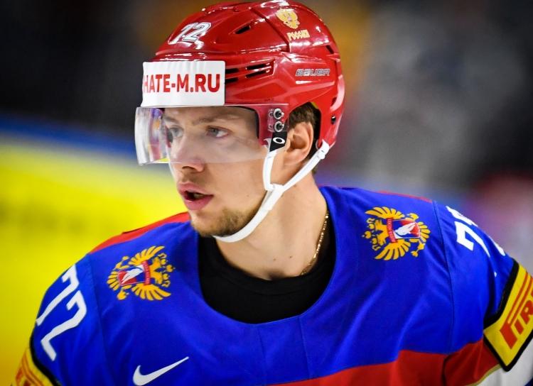 Тренер уверен, что хоккеист (Артемий Панарин)«незаслужил, чтобы его спасали всем миром»
