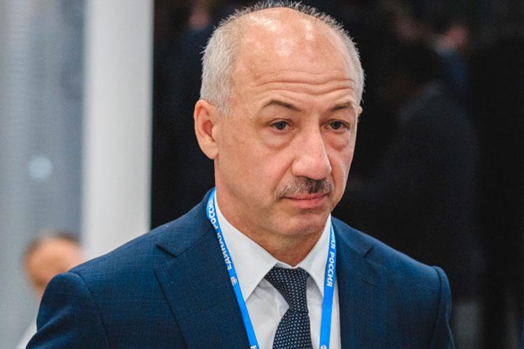Рамиль Ахметов: «Коммерческая медицина нужна, она занимает определенную нишу, но гарантом в плане оказания медицинской помощи должно быть государство»