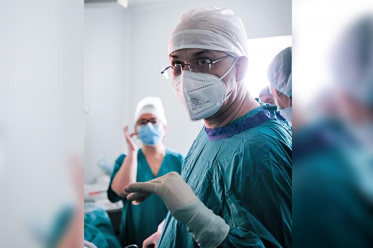Гость изГамбурга провел вРеспубликанской клинической больнице сложную операцию, продемонстрировав казанским коллегам-медикам мастер-класс