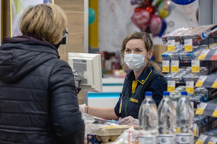 «Лента» предприняла исчерпывающие меры для создания безопасной среды вмагазинах для покупателей исотрудников компании вусловиях пандемии коронавируса