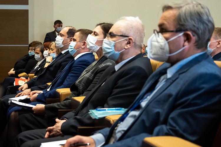 В2020 году впервые зафиксировано общее снижение поступивших жалоб насудей иработников аппарата, причем изболее чем сотни жалоб только 22 были признаны обоснованными