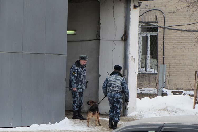 В мае 2012 года Нуруллина снова объявили врозыск из-за того, что тот неявлялся на«неоднократные» призывы вследственный комитет без уважительных натопричин